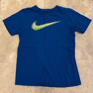 Nike Athletic Cut Short Sleeve Tee